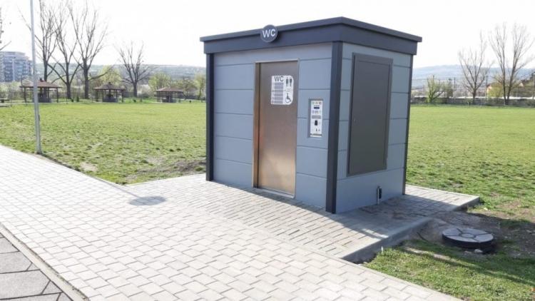 Inca 2 toalete publice complet automatizate vor fi amplasate in Cluj-Napoca