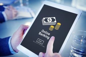 Prima banca din Romania care devine complet digitalizata de azi